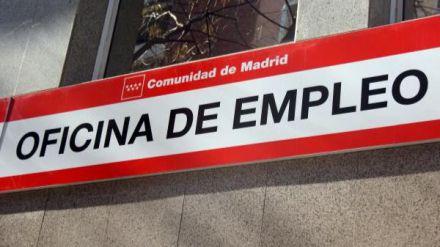 La tasa de paro de España sigue siendo casi el triple que la de la OCDE al situarse en el 14,1% en noviembre