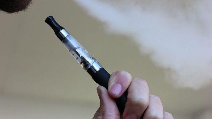 Médicos internacionales insisten en los beneficios que aporta el cigarrillo electrónico para reducir el tabaquismo
