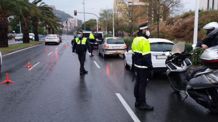 Alicante continúa endureciendo los controles de personas y vehículos