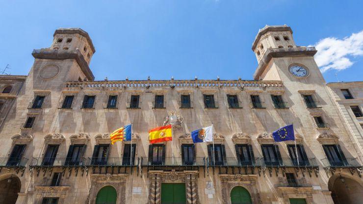 Alicante elabora un plan de apoyo a autónomos, micropymes y pymes con subvenciones