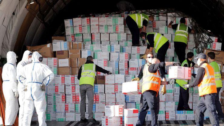 El octavo vuelo contratado por la Generalitat llego a la Comunitat Valenciana con 54,7 toneladas de material sanitario