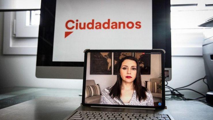 Arrimadas da un ultimátum a Sánchez: