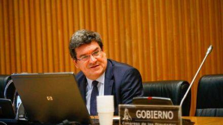 Iglesias arranca a Sánchez el Ingreso Mínimo Vital y lo adelanta a mayo
