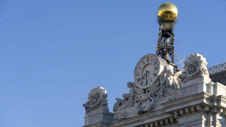 España se enfrenta a una caída del PIB de hasta el -13,6% y un auge del déficit hasta el 11%
