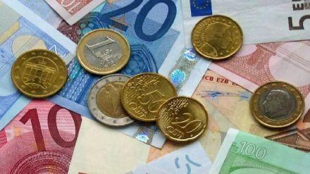 Prescindir del dinero en efectivo 'perjudicaría a parados, mayores y jóvenes'