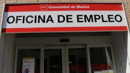 El empleo se hunde con récord histórico de 5,2 millones de españoles cobrando prestación de paro
