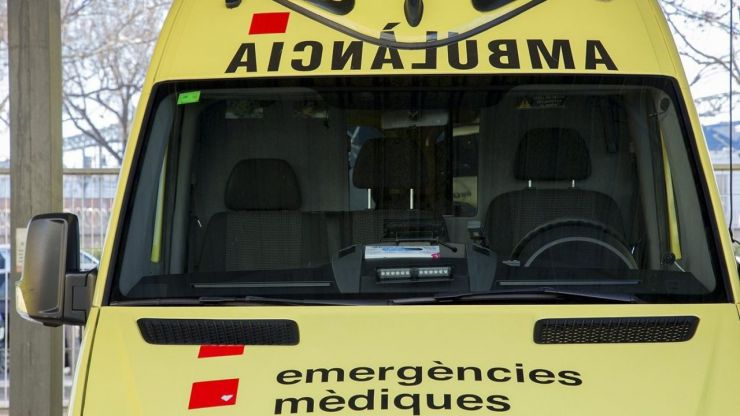 Muere una limpiadora al caer de un tercer piso en Arenys de Mar