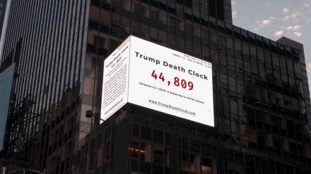 Un reloj en tiempo real que muestra las muertes por Covid-19 en EE.UU. por la 'inacción' de Donald Trump