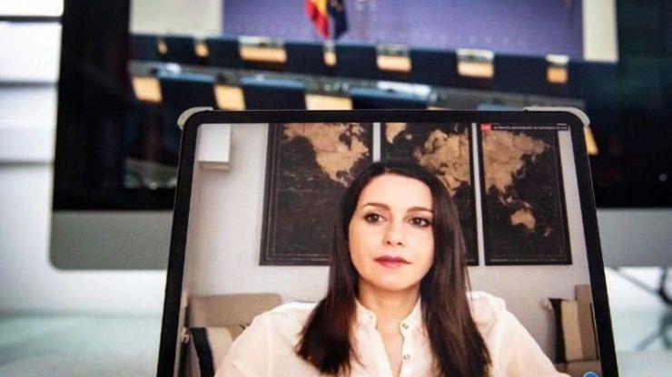 El CIS augura una subida del Ciudadanos de Arrimadas en las urnas