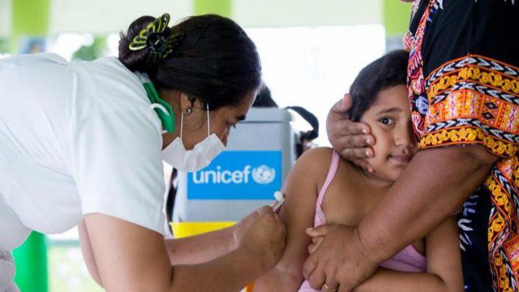 El coronavirus amenaza el rebrote de enfermedades con 80 millones de niños sin vacunar