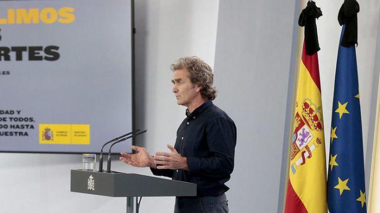 El coronavirus en España: Los datos de Sanidad no cuadran, Simón no los sabe ni siquiera explicar pero advierte de 'brotes locales'