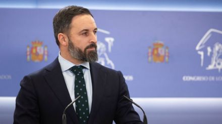 Abascal advierte a Iglesias que si impera la justicia 'acabará en la cárcel'