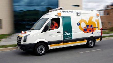 Muere un niño de doce años al caerle encima una viga en Granada