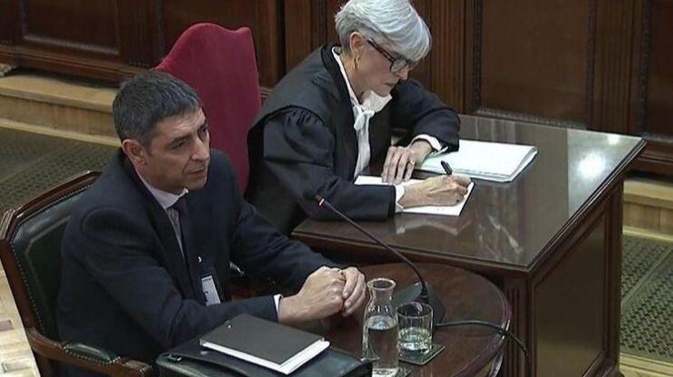 El fiscal no da credibilidad al plan de Trapero para detener a Puigdemont