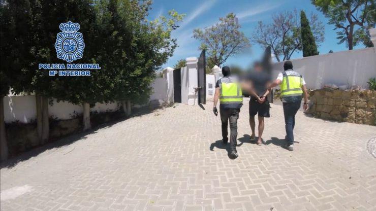 La Policía esclarece un ajuste de cuentas: Su banda le disparó cuatro veces en las piernas