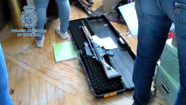 Golpe a la mayor red de tráfico de armas en España
