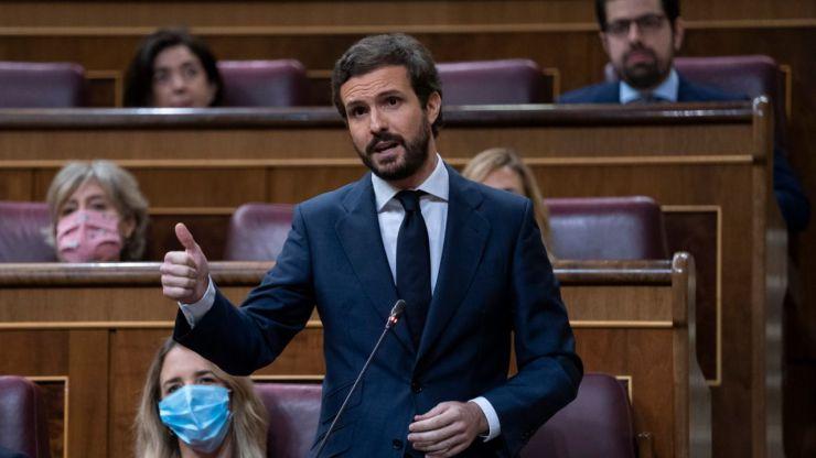 Casado pide que quienes siguen sin condenar los asesinatos de ETA no sean