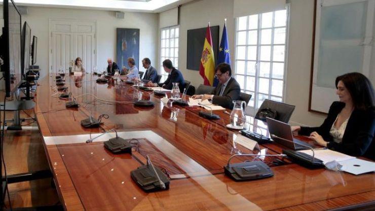 Covid-19: Los sanitarios se han contagiado el doble que el resto de españoles