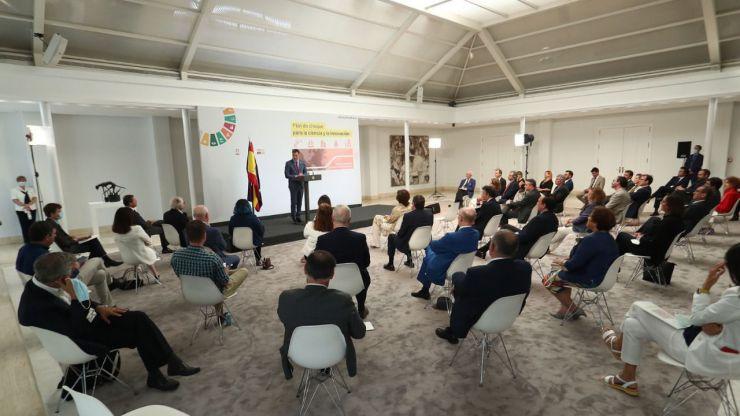 Sánchez presenta un plan de choque para impulsar la ciencia y la innovación