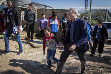 El Alto Comisionado para los Refugiados pide continuar apoyando al Líbano