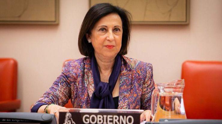 Robles admite 'divergencias' en el Gobierno sobre los Presupuestos