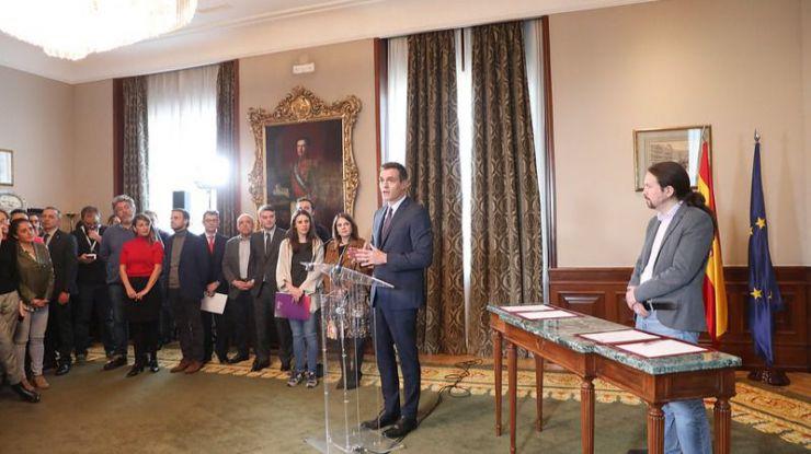 El CIS eleva al PSOE y a Podemos frente al receso de la derecha