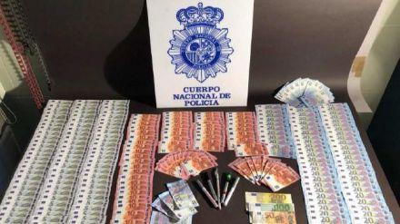 Detenidas cinco personas en dos operaciones contra la distribución de dinero falso