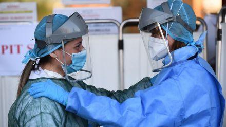Los médicos se muestran 'indignados' por la despreocupación de los españoles