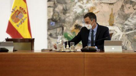 Sánchez apuesta por más 'cogobernanza' con las comunidades para frenar el Covid-19