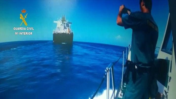 Detenido en alta mar como presunto autor de un delito de lesiones graves