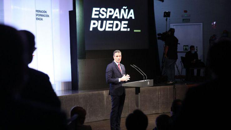 Sánchez cifra en un 2% el incremento del PIB y pide