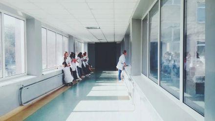 La enfermera escolar como freno a la propagación de contagios entre alumnos y profesores