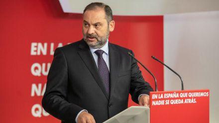 Ábalos denuncia que el posicionamiento político de Casado es