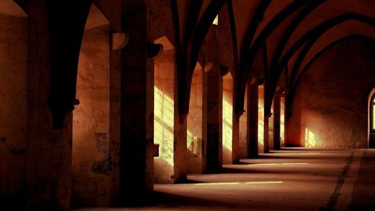 Multilateralidad (III): Superación de religiones e ideologías