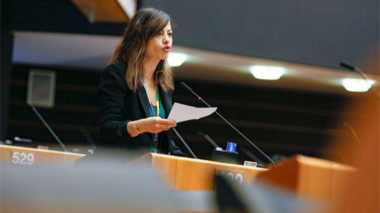 Sira Rego insta al Gobierno a 'acoger' a parte de las personas retenidas en Lesbos