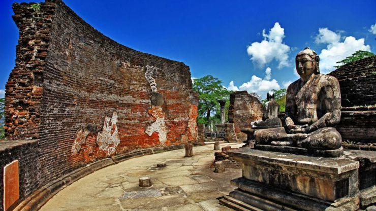 Sri Lanka: Monumentos milenarios, plantaciones de té, ciudades coloniales y maravillosas playas