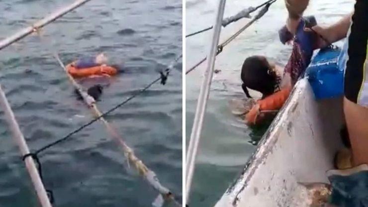 Rescatan a una mujer flotando a la deriva a kilómetros de la costa