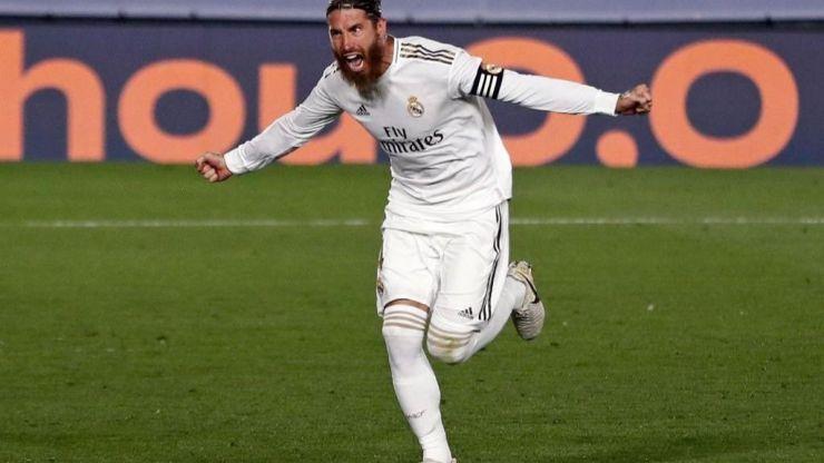 Sergio Ramos bate el récord de minutos con La Roja