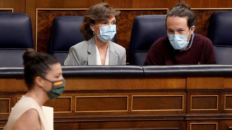 VOX se querella contra Pablo Iglesias y Dina Bousselham