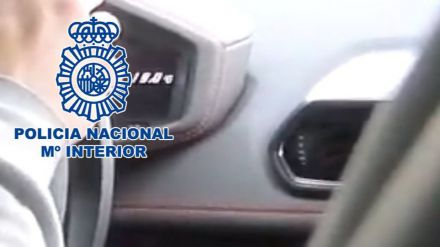 La Policía detiene a un youtuber por grabarse conduciendo a 233 km/h