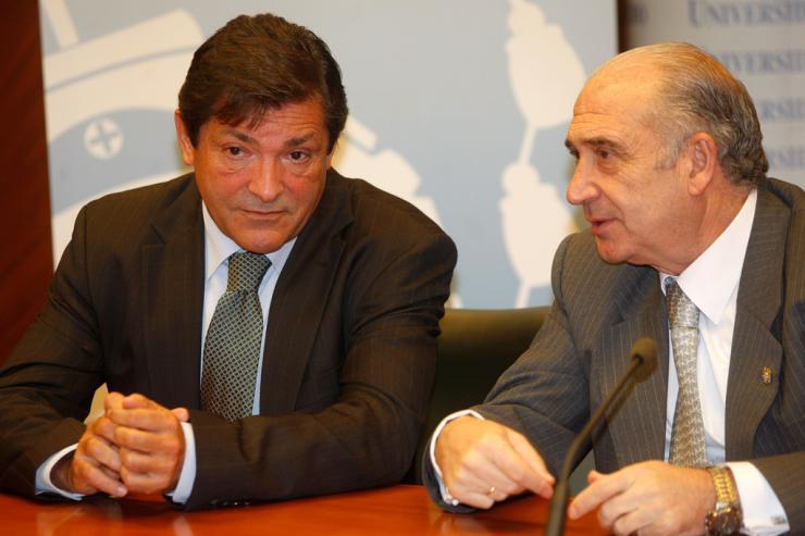Rajoy niega que vaya a imponer condiciones al PSOE