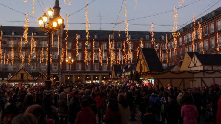 A expensas de la cabalgata de Reyes Madrid confirma su tradicional mercado de Navidad