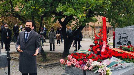 Garzón reivindica el trabajo de figuras como Marcelino Camacho y Josefina Samper