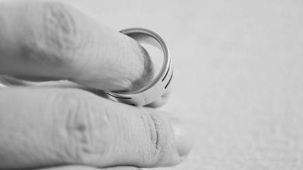 Prisión permanente revisable por asesinar a la hija de su mujer tras enterarse de que quería divorciarse