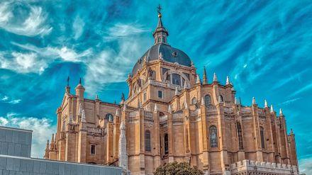 Planes seguros: Madrid vive su Día de la Almudena más atípico