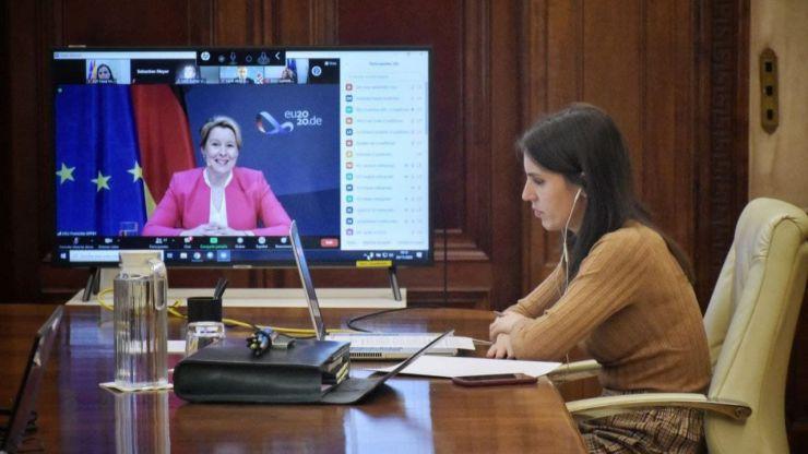 Irene Montero pide una alianza europea para garantizar los derechos humanos de las mujeres