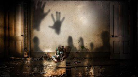 A prisión por abusar de las hijas de su pareja con malos tratos incluidos de la madre