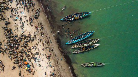 La presión de las flotas pesqueras internacionales y su efecto devastador en África occidental