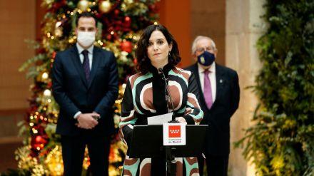 Madrid mueve ficha ante la tercera ola: Hará test de Covid-19 a los estudiantes después de Navidad
