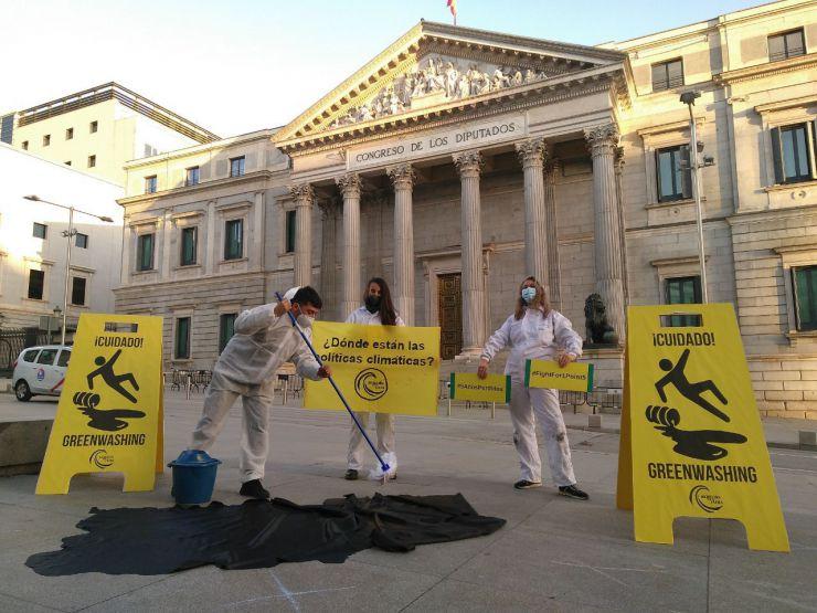 Más de 50 acciones de desobediencia civil para denunciar la inacción climática